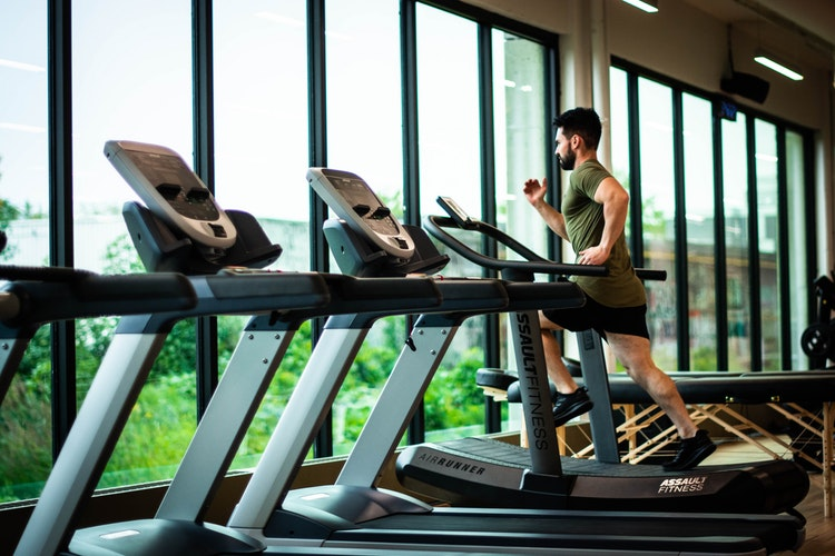 Best Treadmills With TV